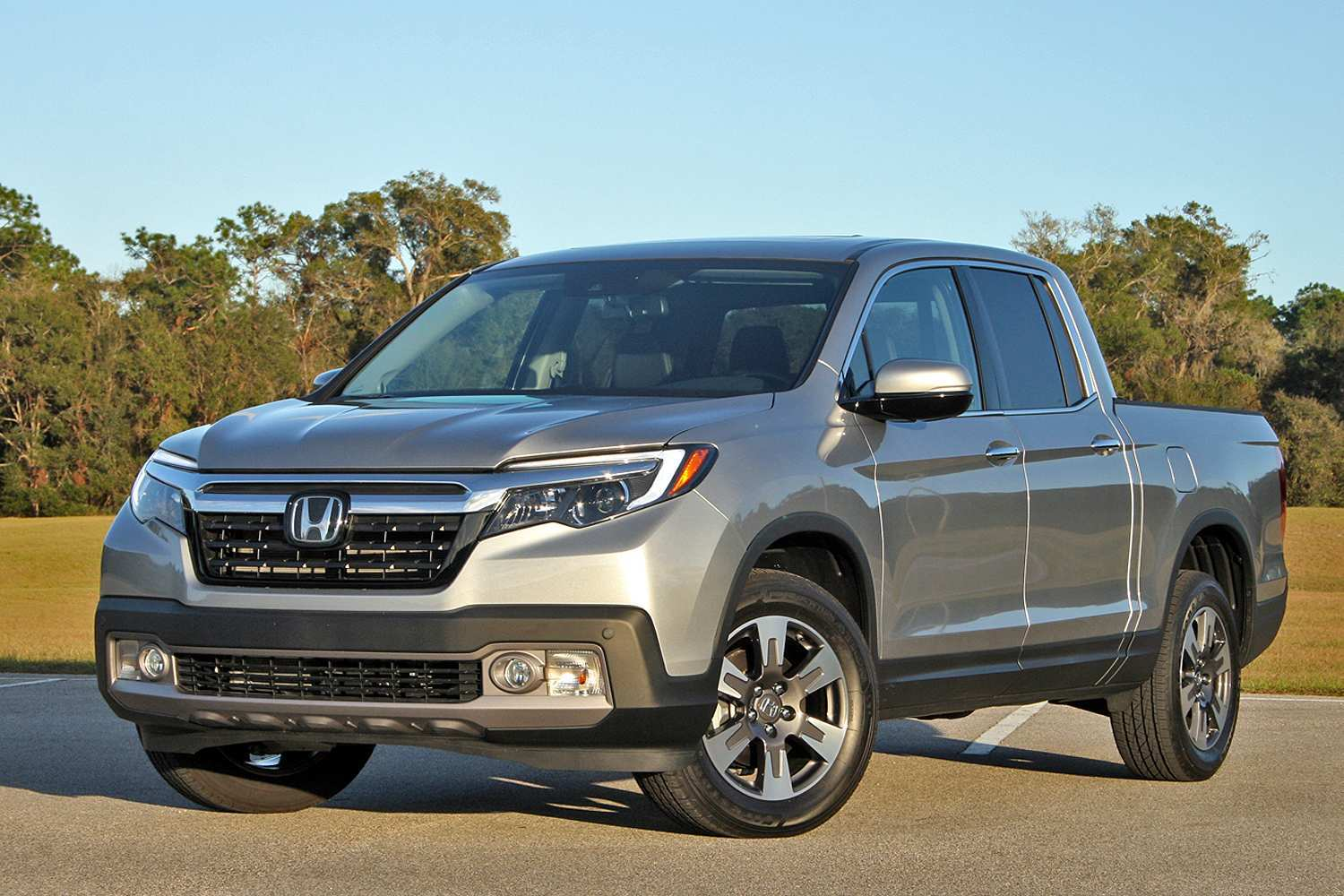 60 A 2020 Honda Ridgelineand Reviews