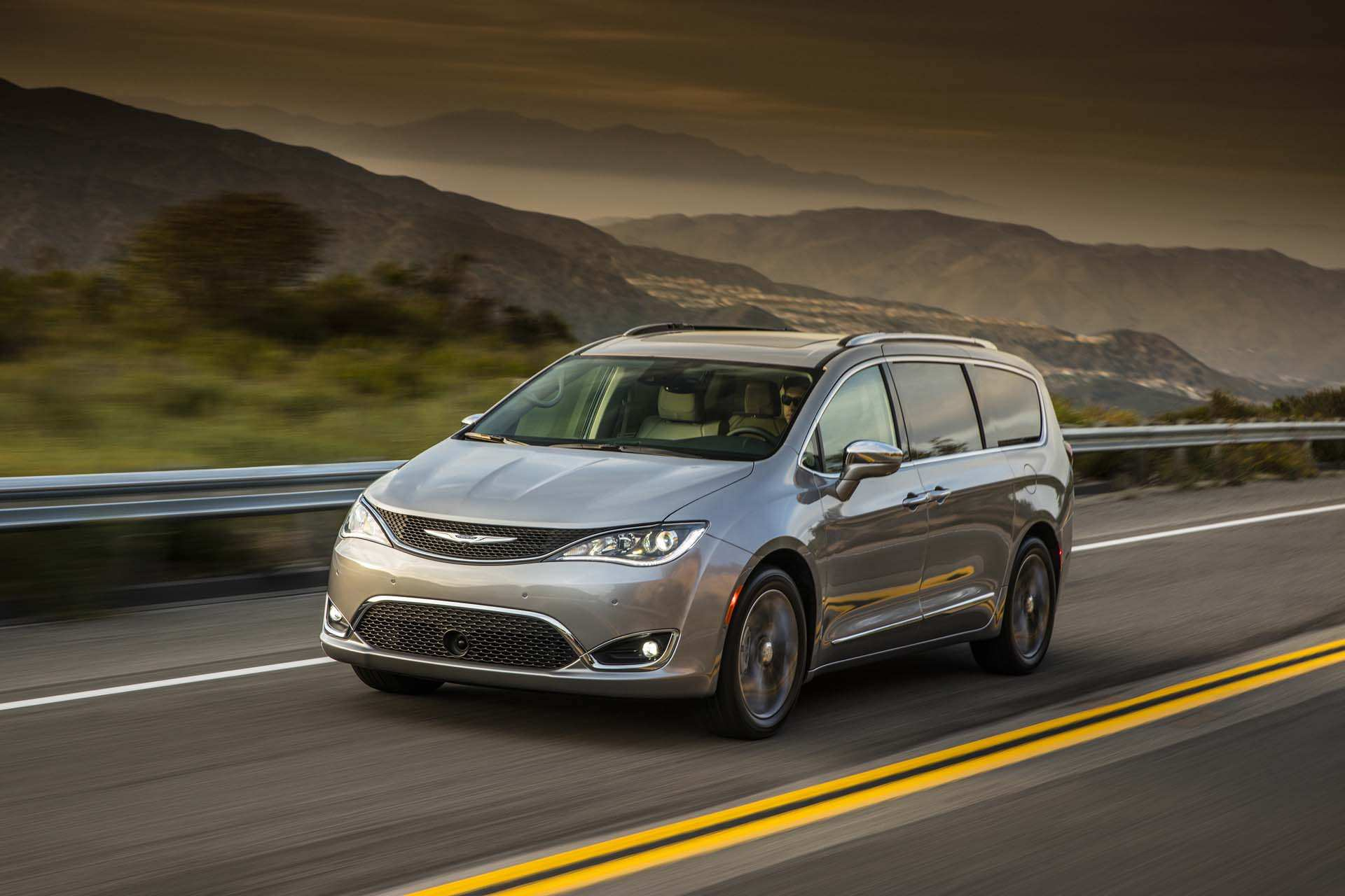 66 The Best 2019 Chrysler Pacifica Review Picture