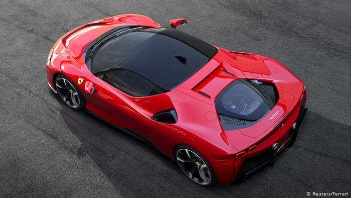 71 A 2019 Ferrari Hybrid Spesification