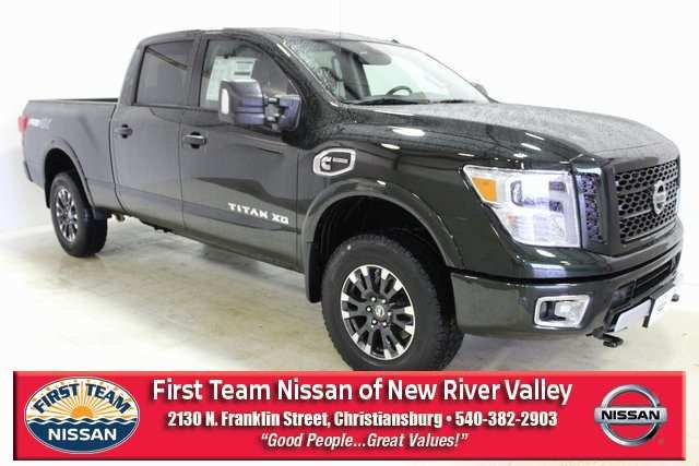 72 A 2019 Nissan Titan Xd Pictures