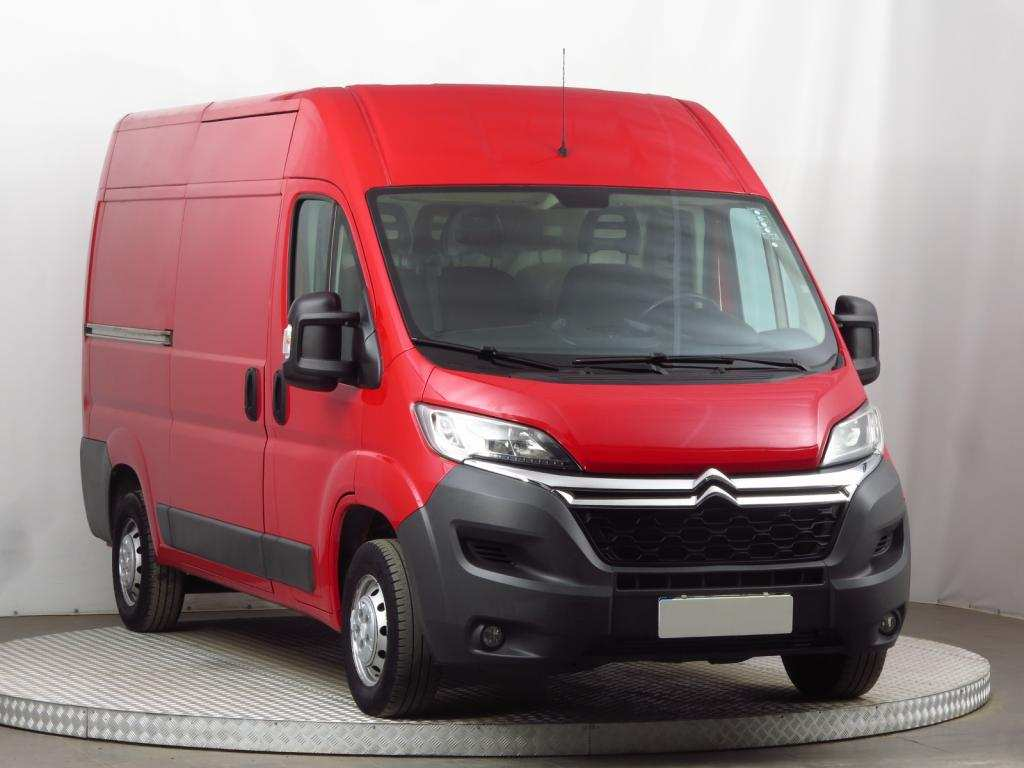 74 The Citroen Jumper 2020 Exterior