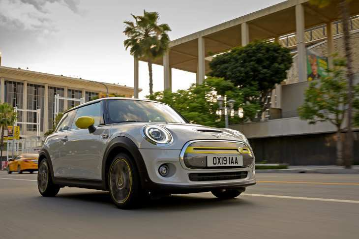 76 The 2019 Electric Mini Cooper Pricing