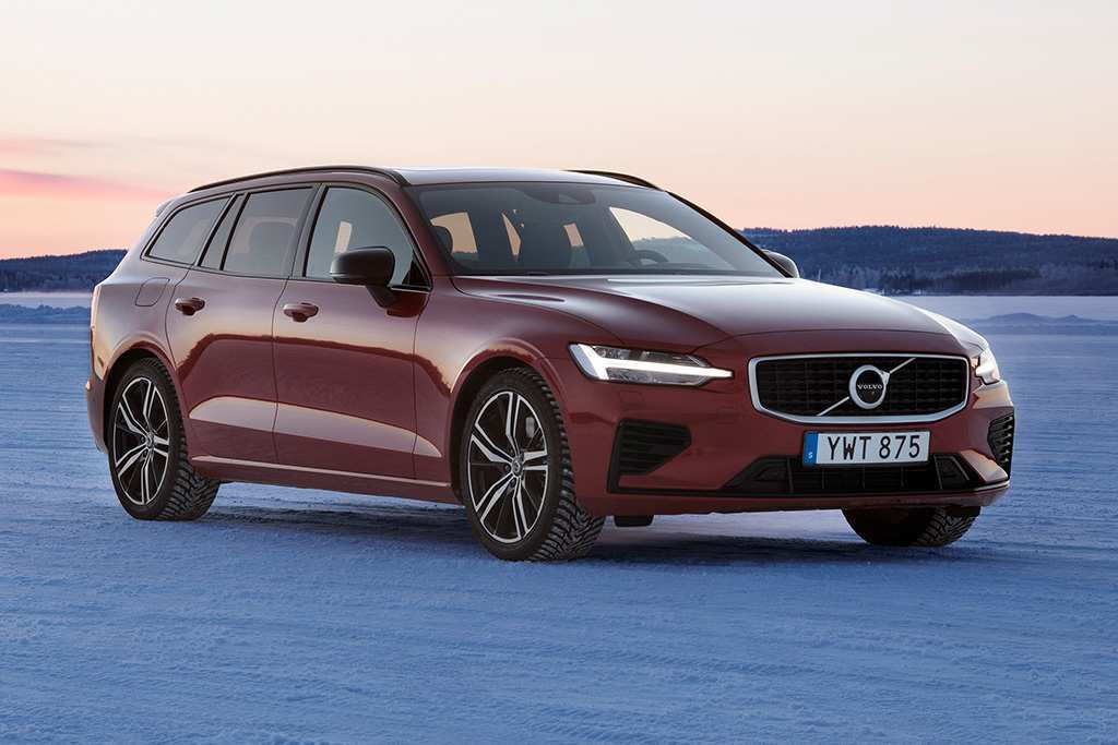 77 The Volvo S60 Polestar 2020 Engine