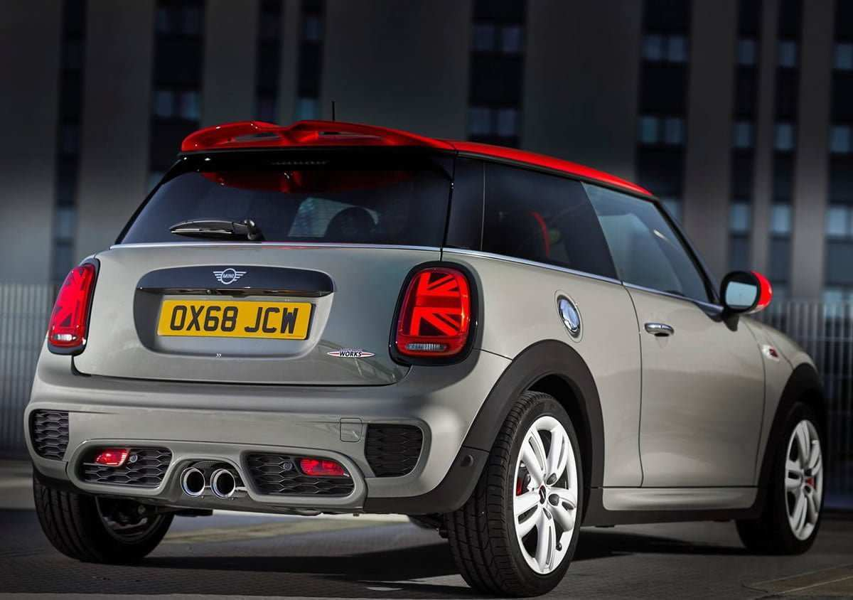 81 A 2019 Mini John Cooper Works Convertible 2 Performance And New Engine