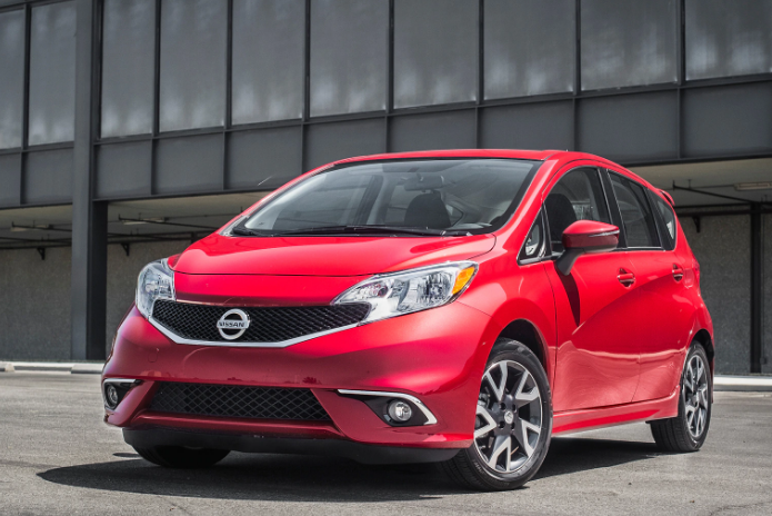 82 A Nissan Versa Note 2020 Pictures