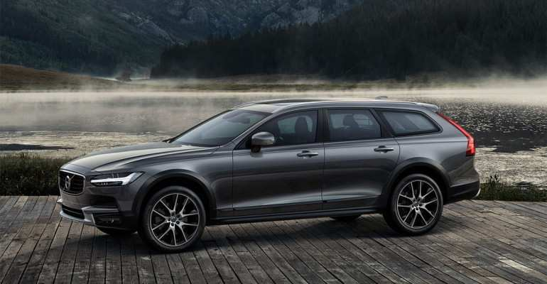 83 A Volvo V90 Cross Country 2020 Specs