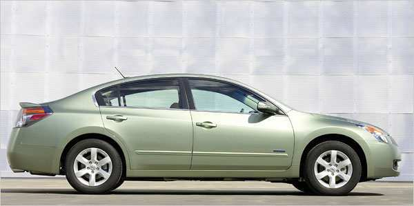 87 All New Nissan Altima Hybrid Wallpaper