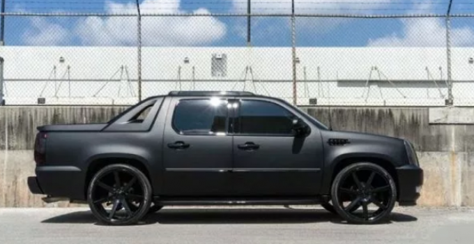 88 A 2020 Cadillac Escalade Ext Spy Shoot