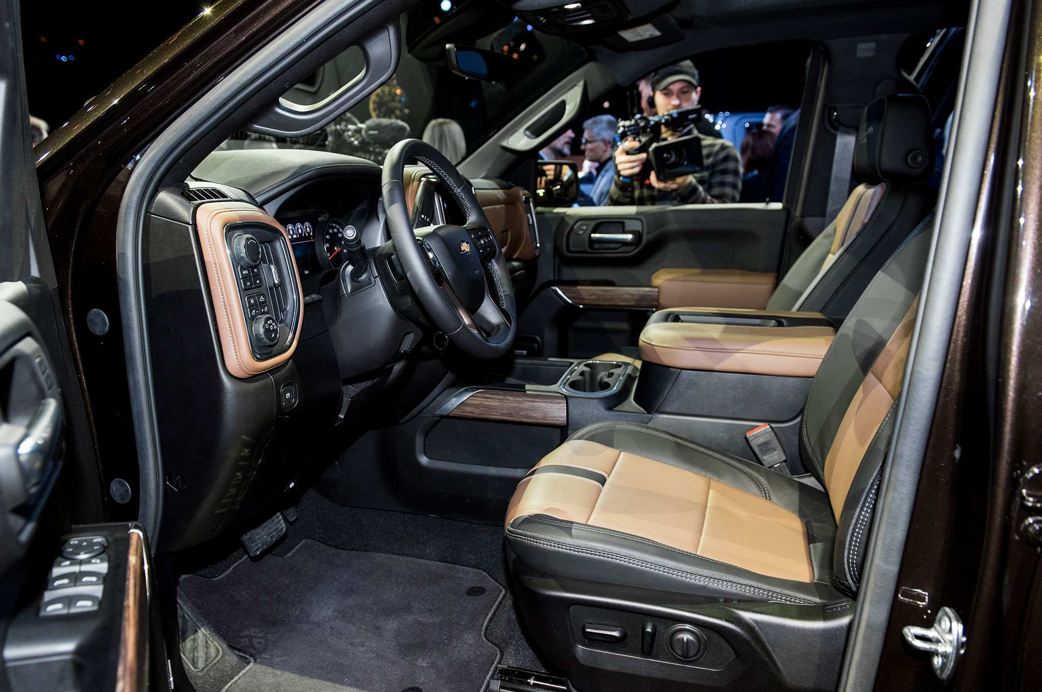 93 New 2019 Chevrolet High Country Interior New Review