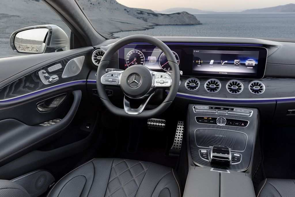 99 New Mercedes C 2019 Interior Wallpaper