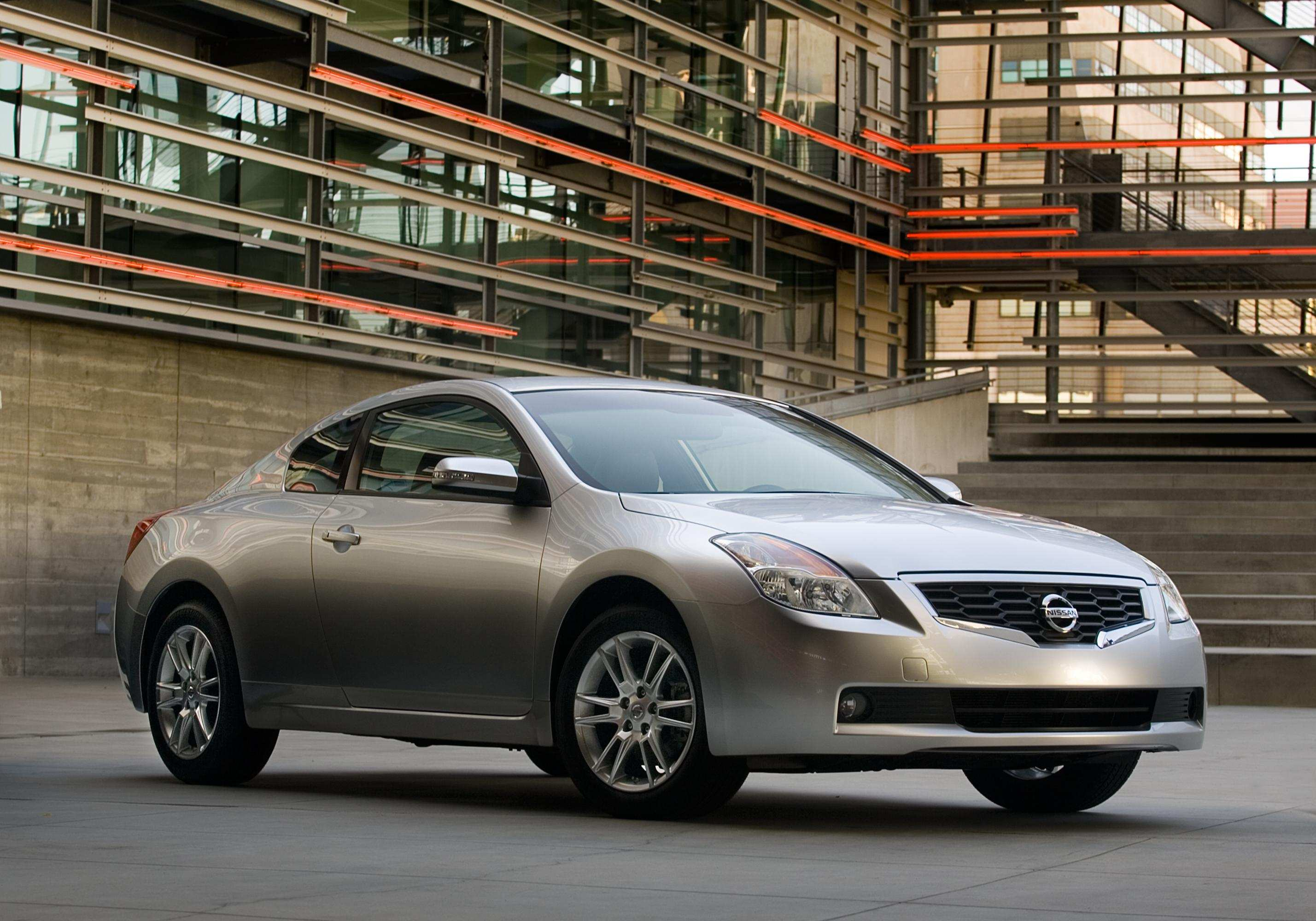 15 A Nissan Altima Coupe 2008 Specs And Review