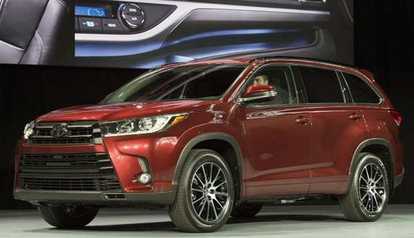 16 A The Toyota Highlander 2019 Redesign Concept Interior