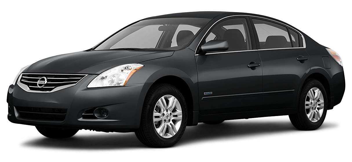 25 A 2010 Nissan Altima Speed Test