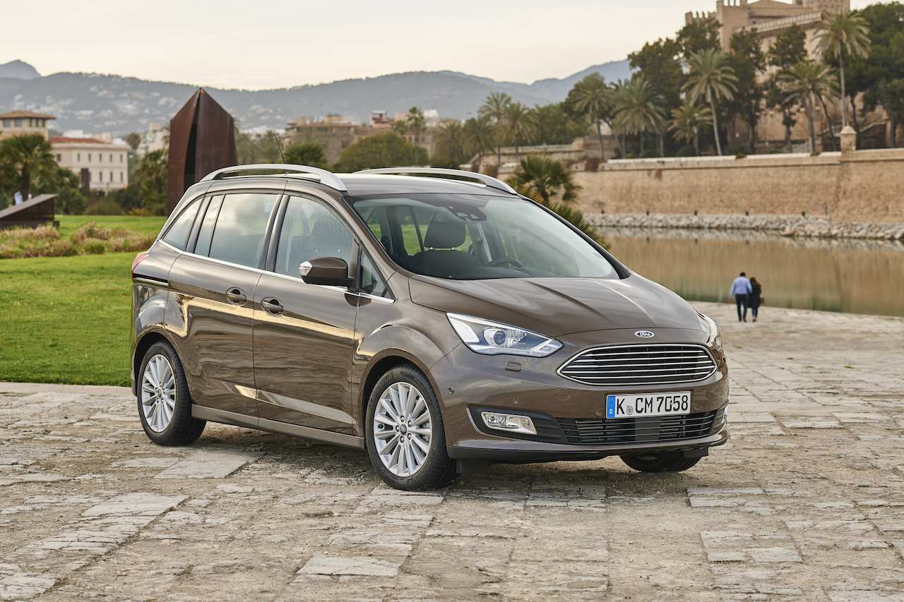 43 The 2019 Ford C Max First Drive