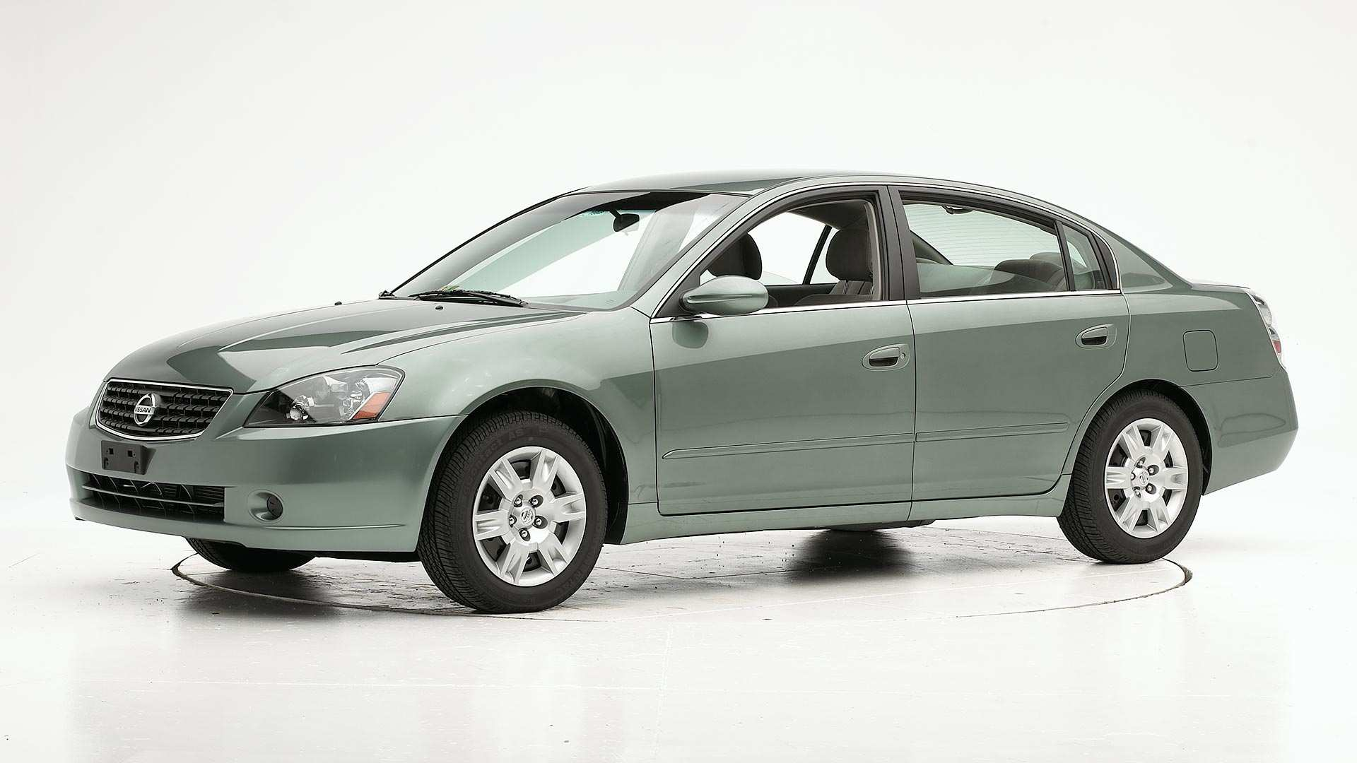 47 All New 2005 Nissan Altima First Drive