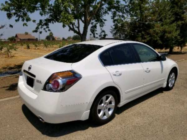52 The 2009 Nissan Altima Performance And New Engine