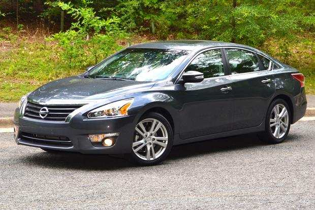 52 The 2013 Nissan Altima Sedan History