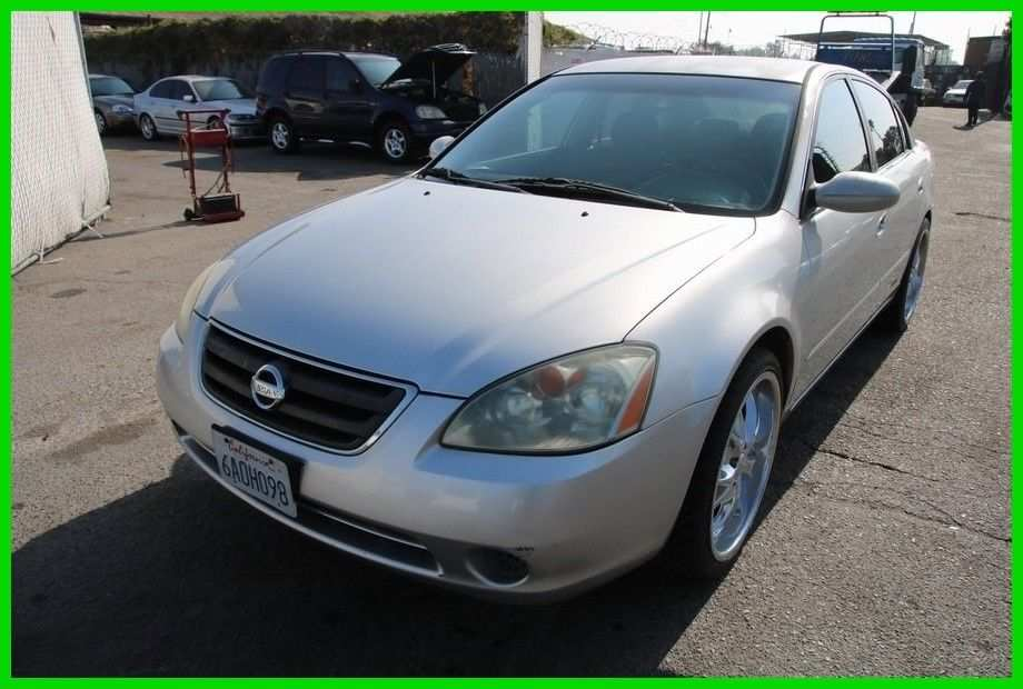 66 A 2003 Nissan Altima 2 5 Overview