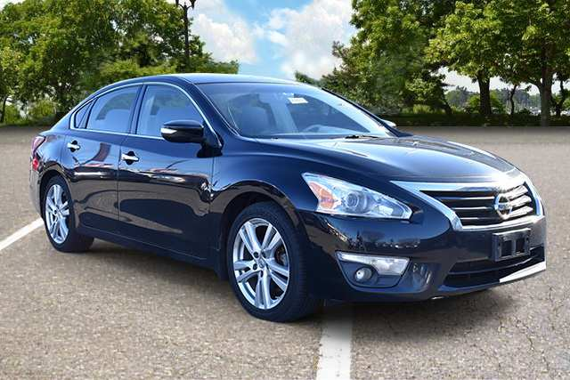 84 All New 2013 Nissan Altima Sedan Model
