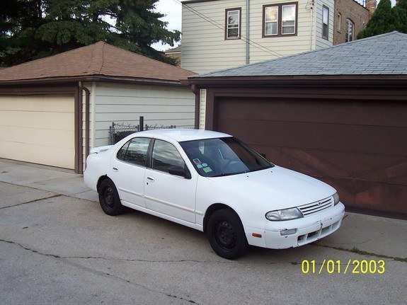 86 A 1996 Nissan Altima Overview