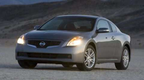97 A Nissan Altima Coupe 2008 Picture